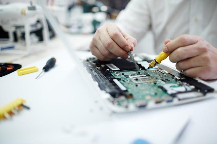 Réparation d'ordinateur rive de gier